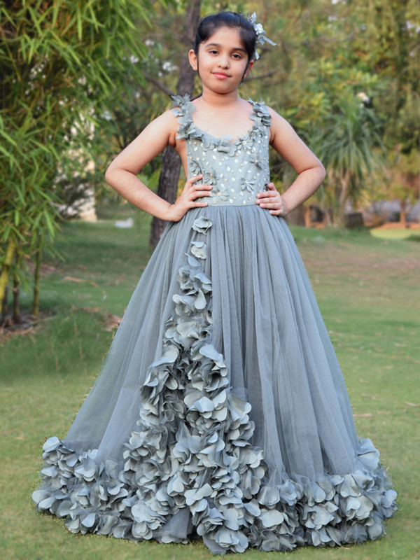 Zolindu Scarlett Grey Flower Applique Gown